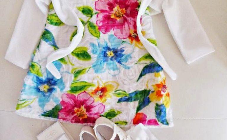 il vestitino a fiori del Battesimo