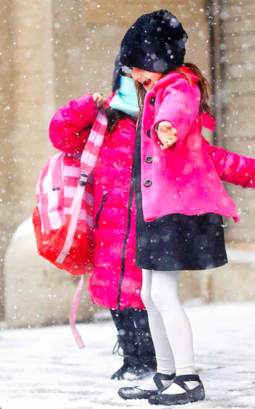 suri-cruise-snow-nyc