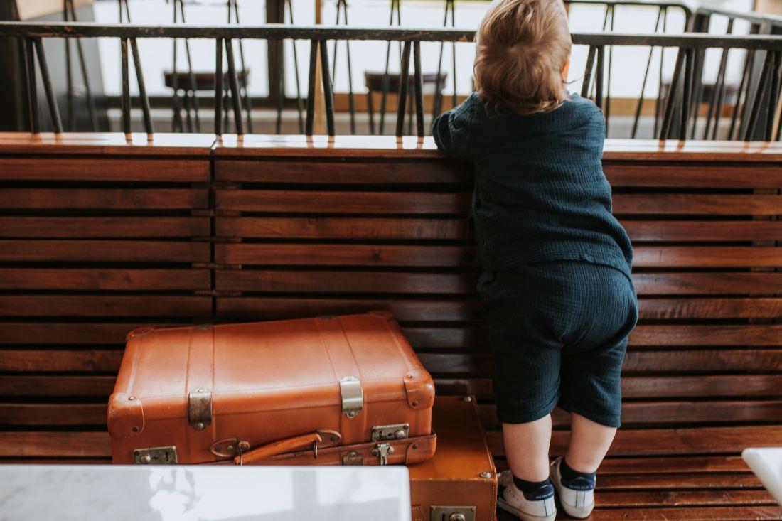come-vestire-i-bambini-in-viaggio