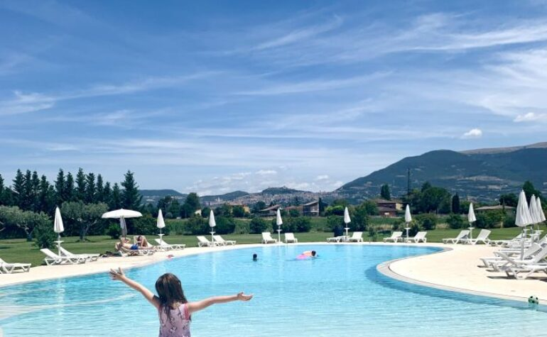 VALLE DI ASSISI, L'HOTEL PER LE FAMIGLIE IN UMBRIA